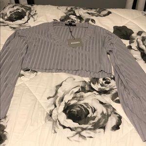 Gray long sleeve crop top